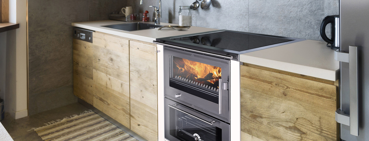 arreda-cucina-stufa-legna-ambiente- GreithwaldGreithwald